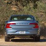 2017-volvo-s90-t6-awd-inscription-rear-end
