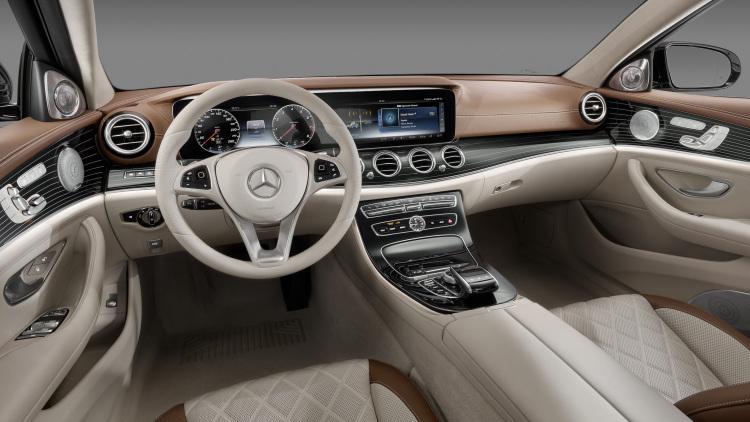 001-2017-mercedes-e-class-interior-1